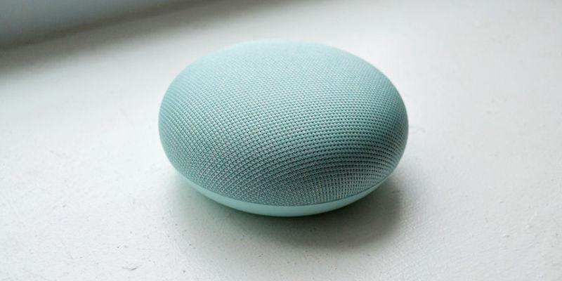 operadores te escuchan a traves de Google Assistant