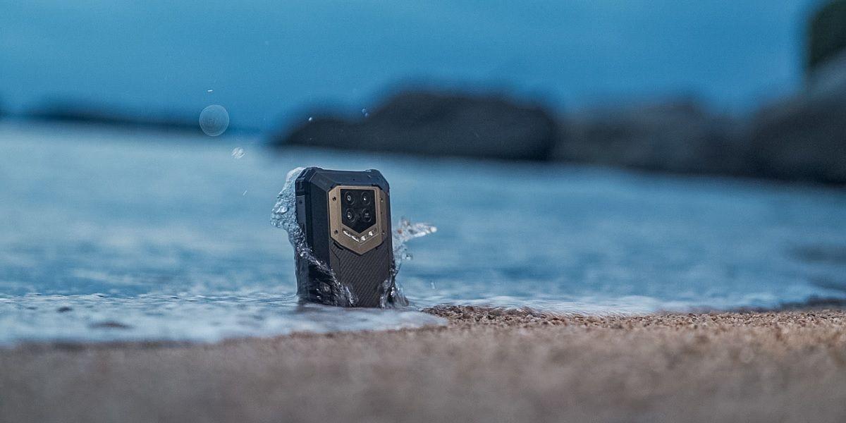 oukitel wp15 resiste agua y arena