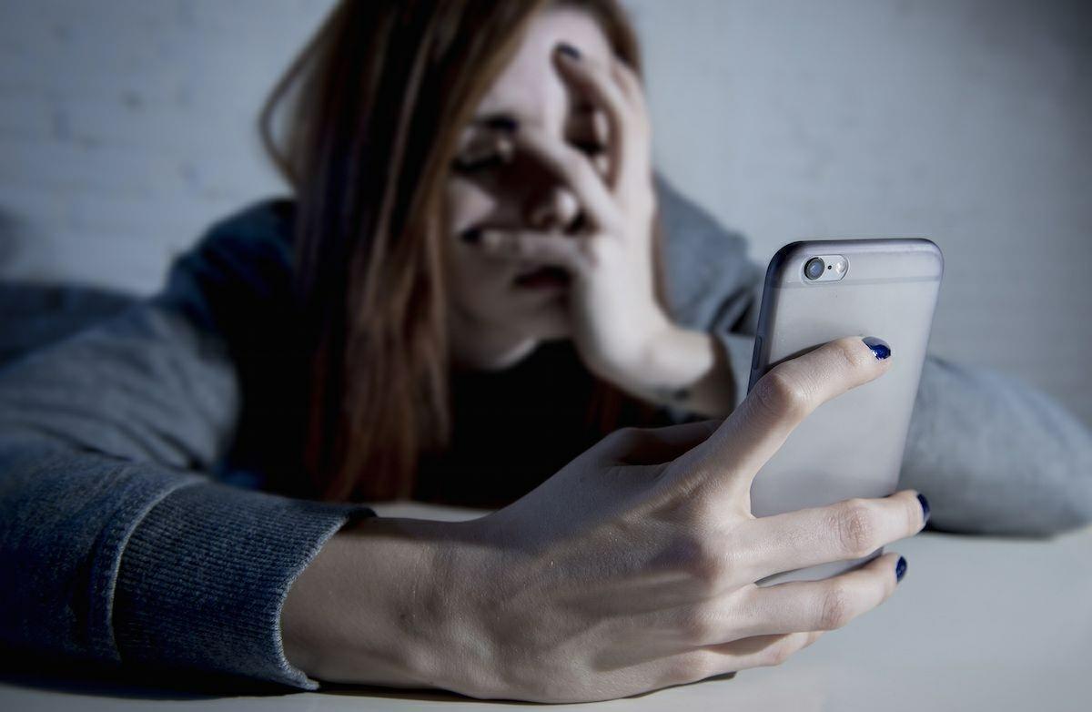 personas desesperadas en apps de citas