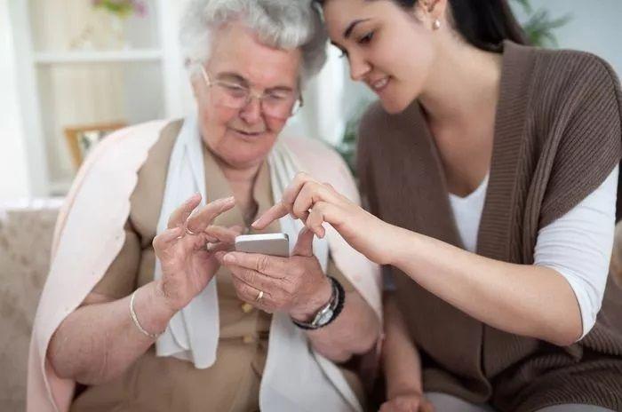 personas mayores smartphones
