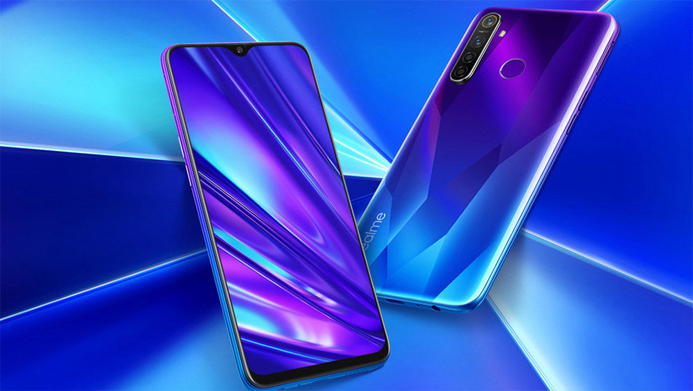 """realme 5 and 5 pro design features """"width ="""" 1000 """"height ="""" 565"""