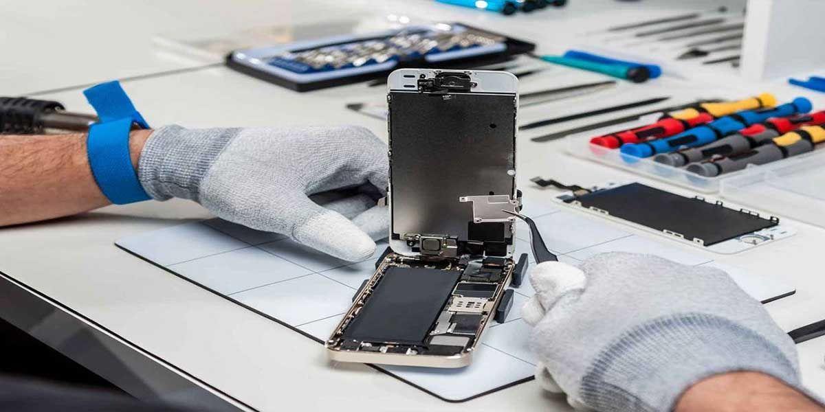 reparando móvil kit herramientas