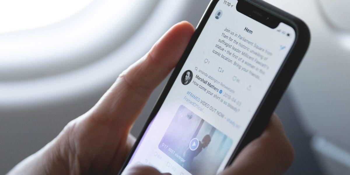 scrolling en twitter