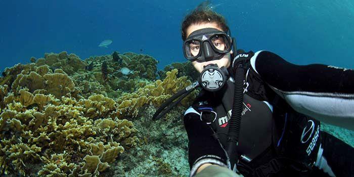 selfie bajo agua