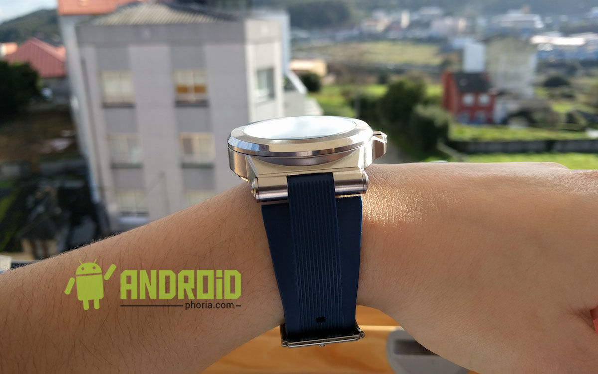 smartwatch-michael-kors-correa