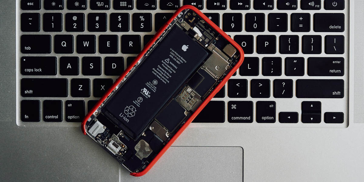 usuarios europa denuncian apple batterygate